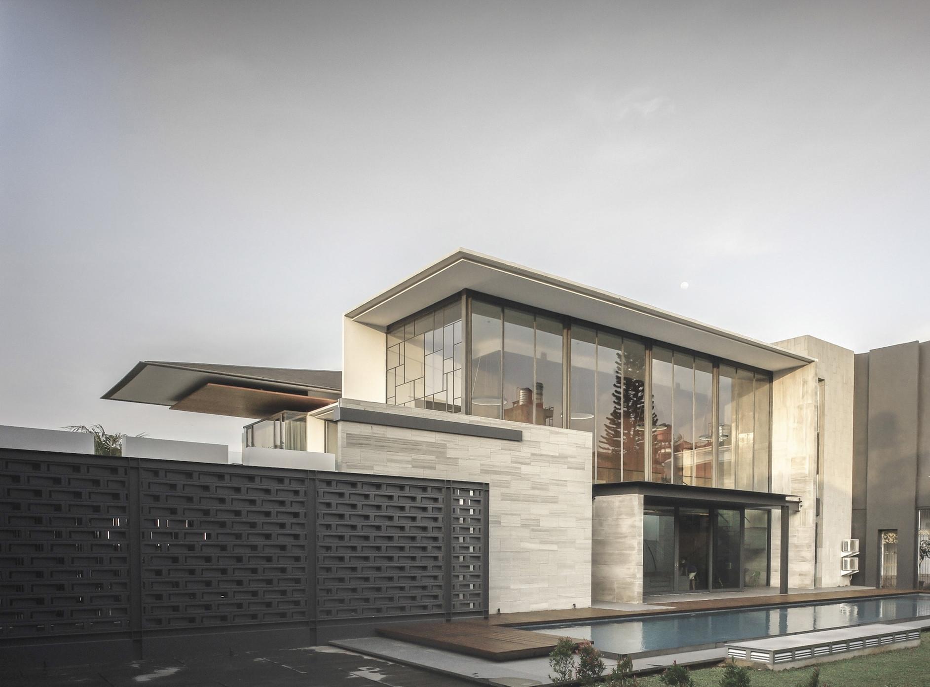 Rumah Bidang Jakarta by Raul Renanda Design