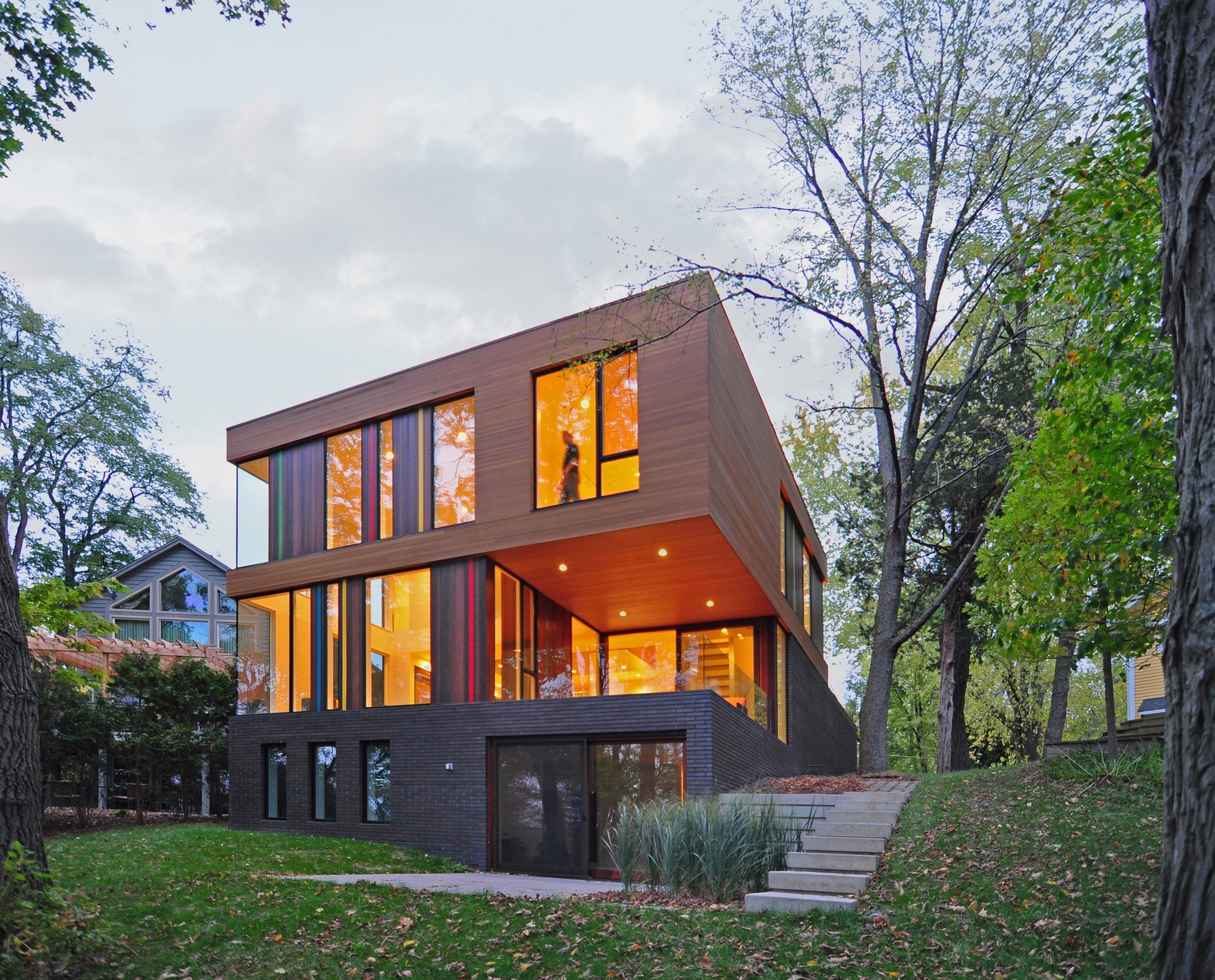 Design For Small House: Redaction House By Johnsen Schmaling Architects