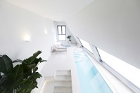 141214_Snow_Hotel_03__r