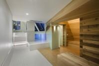 141214_Snow_Hotel_10__r