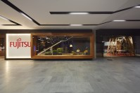 141221_Fujitsu_HQ_08__r