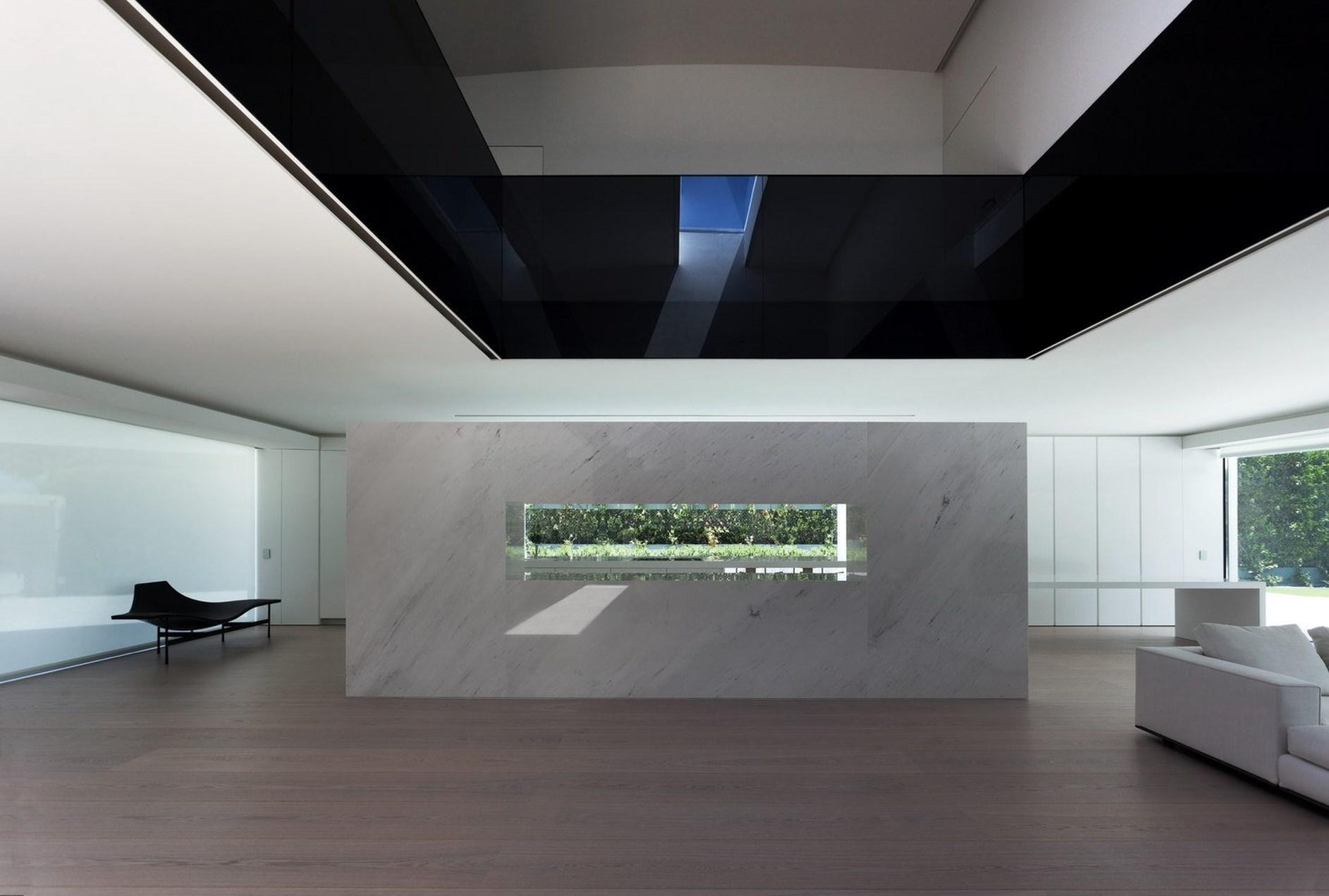 Balint house by fran silvestre arquitectos karmatrendz - Fran silvestre arquitectos ...