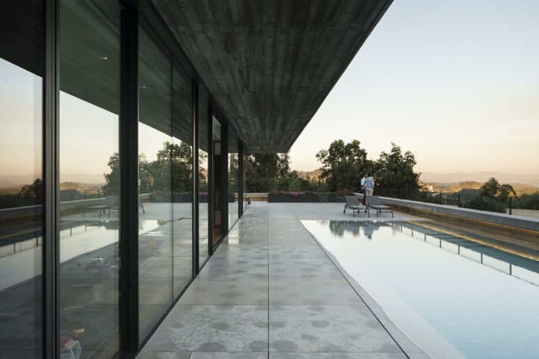 200726_House_in_Espinho_01